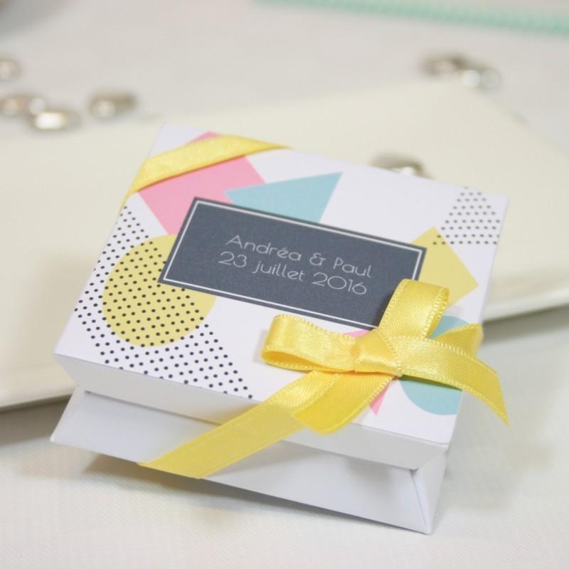 """Mini-boîte blanche à dragées 40g """"motif géométrique"""""""